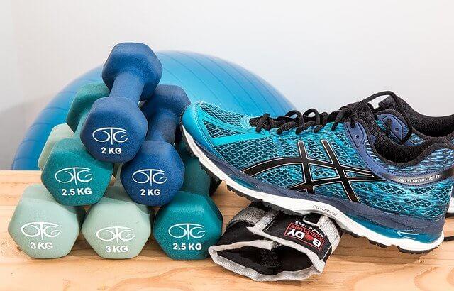 自宅でトレーニングを始めるなら揃えておきたい道具5選