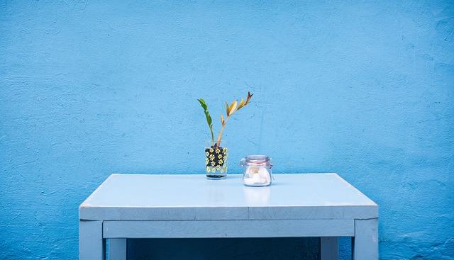 モテるメンズの部屋作り【匂い編】気を付けたいニオイの発生する場所とおすすめのリードディフューザー3選